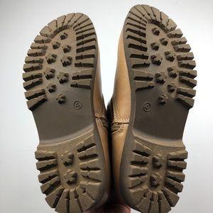 Disney Shoes - Disney D-Signed Girl's Auradon Prep Tan Boots Sz 4